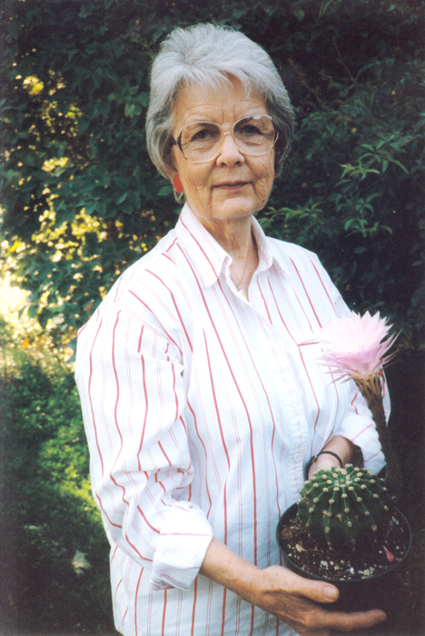 Helen Stowe with cactus 1998